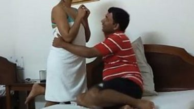 North Indian Office girl sex with boss
