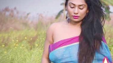 Desi cute bhabi nude hot photoshoot