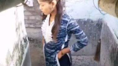 Indian village girl peeing video