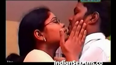 Tamil sex video of a drinking girl with his neighbour