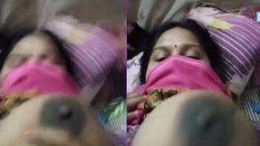 sexy bangla bhabhi showing her big boobs and blowjob live show