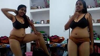 desi girl hot dancing