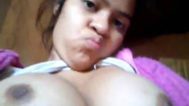 desi bhabhi milky boobs exposing hot selfie for bf