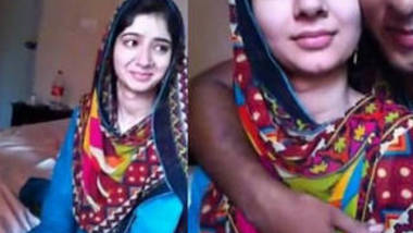 super hot paki gf smooch n kiss boob press by bf wid urdu audio