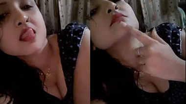 horny bhabhi in full slut mode teasing very seductively