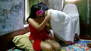 Young kinky couple record their home sex session