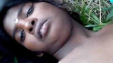 Horny Desi Girl Fuck at river side