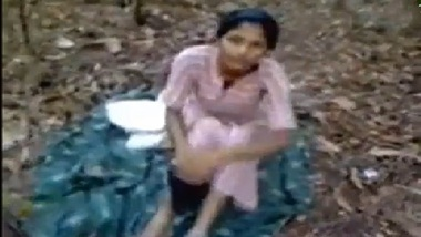 Hot coimbatore girl first time sex in forest