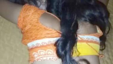 saree and blouse bhabhi ass captured before sex