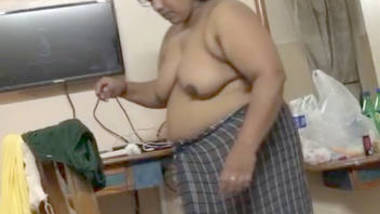 big boob indian wife full nude after bath in bedroom show