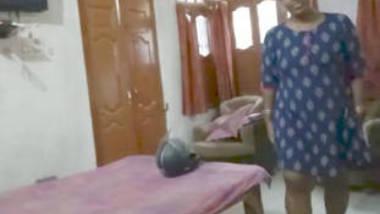desi girl giving blowjob younger sister husband