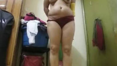 indian wife record nude selfie for bf