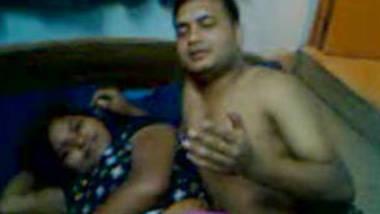 Desi girl boobs sucked