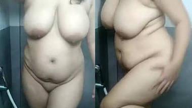 sushmitha aunty hot nude show