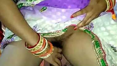 Indian bhabhi fucked in saree