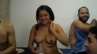 Chori ka college lovers se hot sex ka group chudai khel
