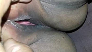 Desi pussy fingering and ready for fucking 2