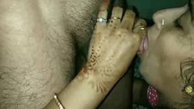 Sexy desi wife sucking cock deeply