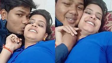 Desi lovers romancing