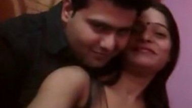 Desi Bhabi Romance With Boyfriend