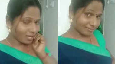 aunty showing clevge to lover