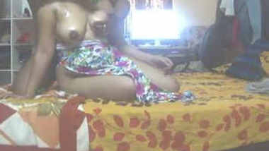 Desi ancle play with aunty