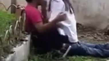 Horny college couple enjoy a quick outdoor fuck with lover