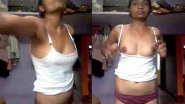 Andhra college girl undressing herself selfi