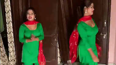 busty sexy girl in salwar dancing
