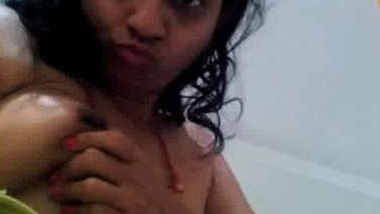 Cute desi alone wife exposing to young bf