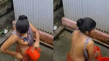 Horny Desi young married girl hidden capture