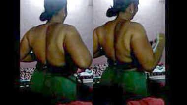 Hot Bhabhi Dress Change