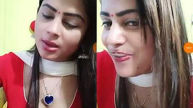 Priya Voli Hot Cleavage live, New and Unseen