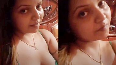 huge juicy boob desi girl live