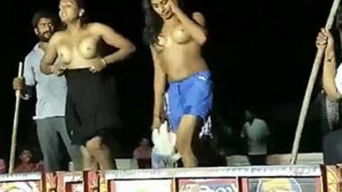 midnight desi village dance mujra