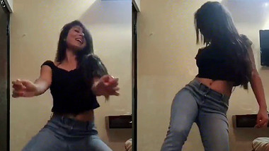 sexy desi girl hot dance