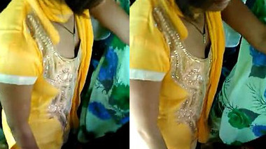 Real girl Bus boobsy cleavage, Delicious, Bus Candid