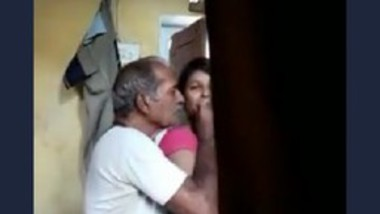 Desi old man romance with young girl