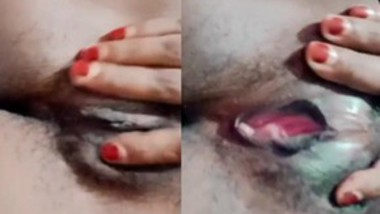 Kerla Girl Showing Boobs And Hairy Pussy