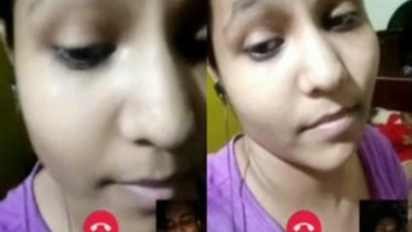 Cute Girl Showing Her Boobs on video Call