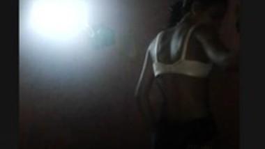 Bhabi nude showing