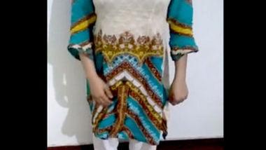 Desi pk bhabiopen her dress