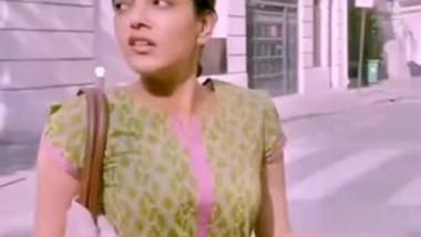 Kajal Agarwal Boobs Shaking