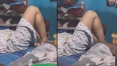 Hubby Recording wife in nighty in bed secretly
