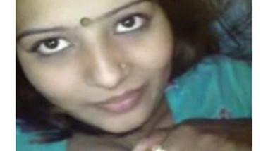 Desi Beauty Rajani Bhabhi Leaked Clip wid Audio