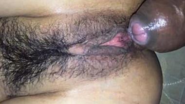Desi hairy pussy closeup fucking