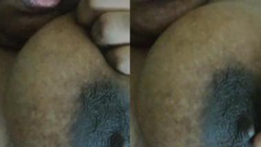 Desi big boob bhabi show her boobs nipple