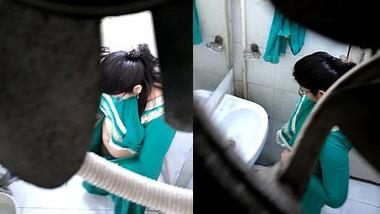 Desi bhabhi toilet capture