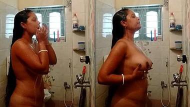 Long haired desi bhabi bathing nude