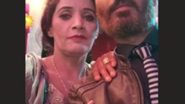 Paki Married Milf Shehnaz Bhabi Fucking & Pics Leaked